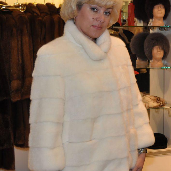 Куртка-из-белой-норки
